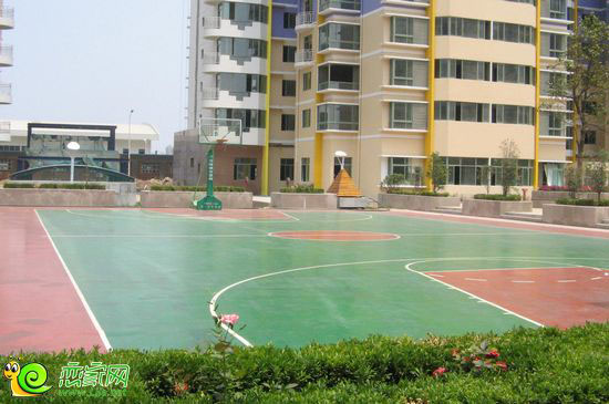 社区篮球场