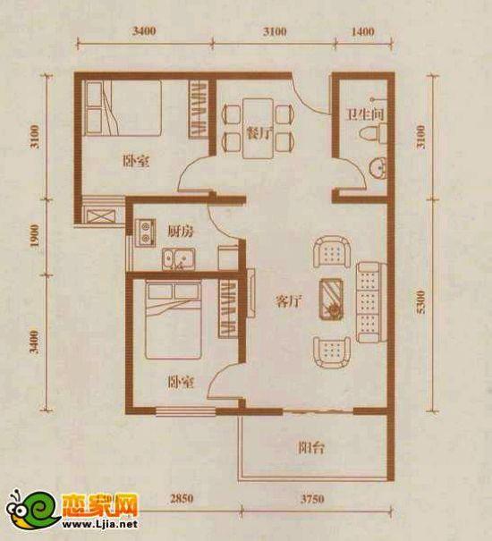 汉成华都83.72平米户型(点击了解更多户型详情) 汉成华都目前推出的户型面积为84.77平方米的两室两厅一卫、105.25平方米的两室两厅一卫、92.56平方米的三室两厅一卫、142.69平方米的三室两厅两卫和83.43平方米的两室两厅一卫等五种户型。此系列高性价比户型的推出,将全面满足市场上居住需求,无论你现在是三口之家,或即将成为三口之家,甚至是三世同堂,这里总有一款适合你的户型。小编来到项目的时候,已将近中午,此时陆陆续续还有不少前来售楼部咨询的购房者。在小编听置业顾问介绍的时候,遇到一个大姐来