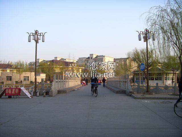 亚太清水苑南门