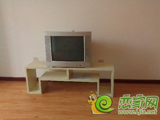 主卧室电视柜体内部结构图