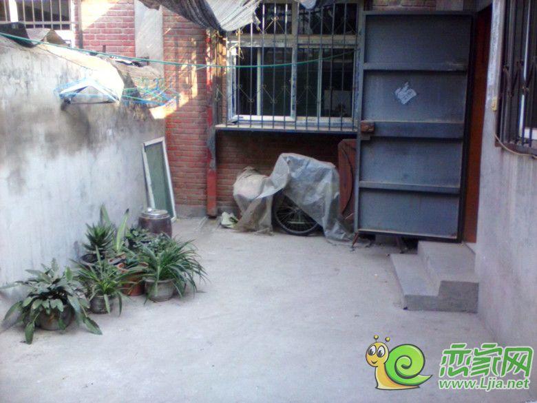 农村楼房带小院设计图展示